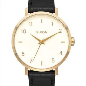 Nixon Arrow Leather, 38mm Watch 🕒✨